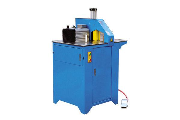 Stroj za rezanje cevi