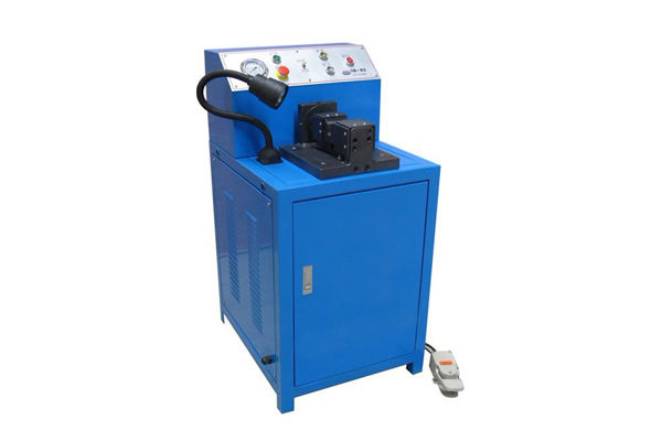 Stroj za rezanje cevi Rein